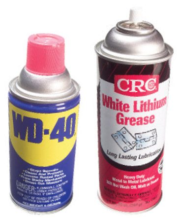 <b>Close up: WD-40 and white lithium grease</b></br>