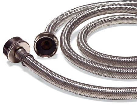<b>No-burst hose</b></br> No-burst hoses are made with a metal sleeve to eliminate leaks.
