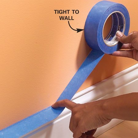 <b>Photo 1: Stick and pull the roll</b></br> Position the end of the tape precisely and stick it down. Hold it in place while you pull about 8 to 10 in. of tape from the roll.