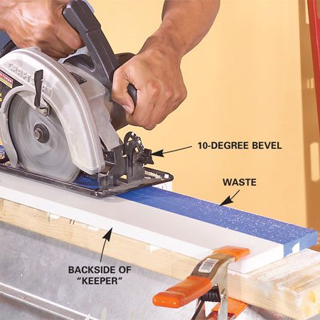 "<b>Photo 5: Cut the filler strip</b></br> Clamp the filler strip and cut it at a 10-degree bevel from the backside so the wide edge of the ""keeper"" piece faces the front."