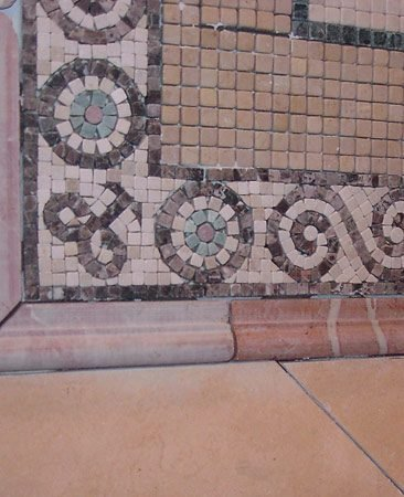 <b>Mismatched tile</b></br> Careful planning helps minimize tile-matching problems.