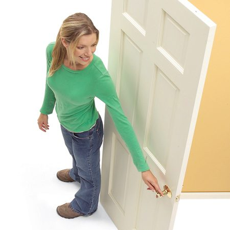 <b>Left-hand door</b></br> Open the door and stand with your back to the hinges. If the door is on your left, it is a left-hand door.