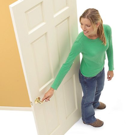 <b>Right-hand door</b></br> Open the door and stand with your back to the hinges. If the door is on your right, it is a right-hand door.