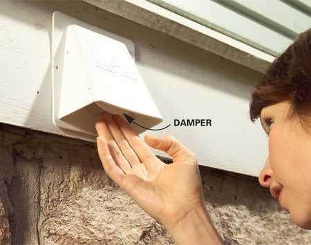 <b>Photo 2: Look for gaps at the dryer vent</b><br/>Examine dryer vents to ensure the damper isn&#39;t stuck open or broken off completely. Also check that the seal between the vent and the wall is tight.