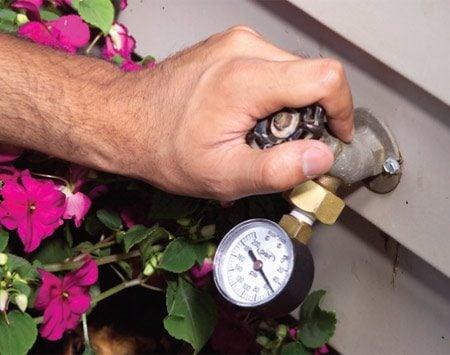 <b>Pressure test</b></br> Test your water pressure using an outdoor water spigot.
