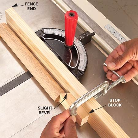 <b>Photo 1: Attach a stop block to the fence</b></br> Cut a board to the exact length, align one end with the fence end and clamp an angled stop block to the fence. Push each board against the stop block and make the cut.