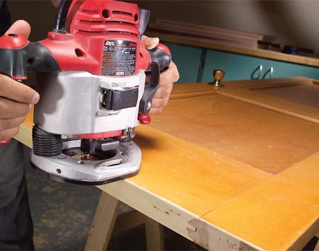 <b>Easing edges</b></br> Round sharp wood edges with a small round-over bit. Run a 1/8-in. round-over bit along door bottoms to prevent splinters and snags on carpet.