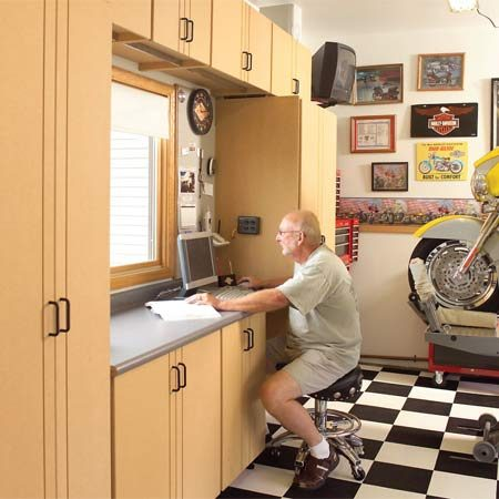 <b>Designed for how they live</b></br> An in-garage office, complete with Internet access and telephone, makes online research, parts ordering and referring to service manuals convenient.