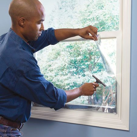 <b>Installing window film</b></br> Window film can be installed in about 30 minutes. The hazy appearance will disappear after 10 days.
