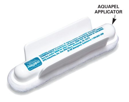 <b>Applicator</b></br> The treatment comes in easy-to-use applicators.