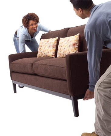 <b>Photo 1: Clean the floor</b></br> Clear the floor of furniture and clean the room thoroughly to minimize dust. Vacuum the floor and wipe it with a damp cloth.