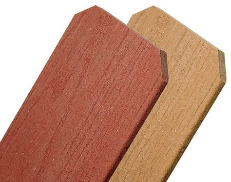 <b>Close-up</b></br> <p>Composites are available in different wood-look colors</p> <p>Photo courtesy of Fibertech Polymers</p>