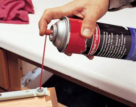 <b>Dry lube for drawer guides</b></br>  Use silicone spray on drawer rollers, window tracks and other plastic, rubber and metal surfaces. It dries almost instantly.