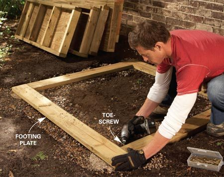 <b>Photo 3: Set the footing plates</b></br> Toe-screw the footing plate together at the corners to form a level platform for the walls.