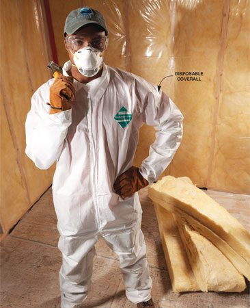 <b>Protective equipment</b><br/>Goggles, gloves, a dust mask, a cap and long-sleeved coverings protect you from fiberglass irritation.