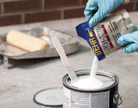 <b>A non-skid additive</b></br> Mix the nonskid floor additive with the paint. Then apply the paint to give the surface a rough texture to help prevent slips.