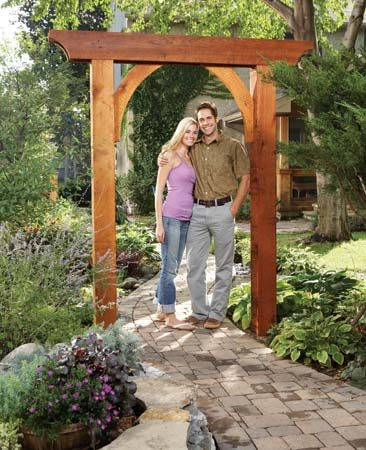 Build a garden arch the family handyman for Garden archway designs