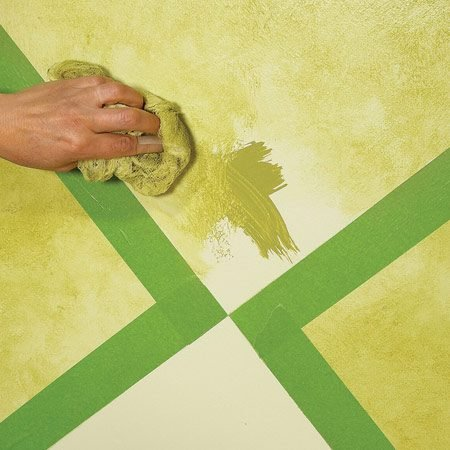 <b>Photo 5: Re-tape and finish</b></br> Complete the triangles by masking over the edges of the squares and applying glaze using the same recipe and techniques as before.