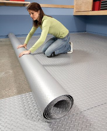 <b>Mat installation</b></br> Rollout mats are a breeze to install.