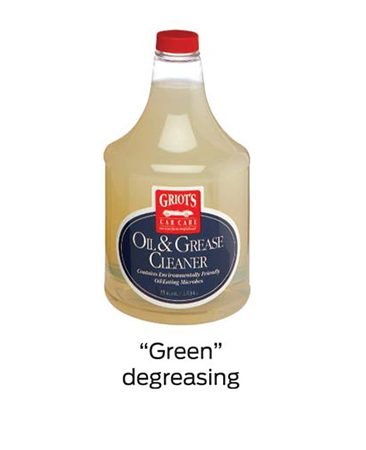 "<b>""Green"" degreasing</b></br> Use this product for large areas. You can safely rinse it into the storm sewer."