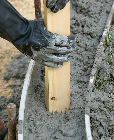<b>Pack the concrete</b></br> Packing the concrete forces out air bubbles and voids that weaken a slab.