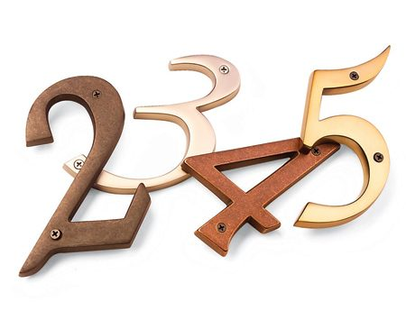 <b>Buy individual numbers or custom plaques</b><br/>Updated house numbers add polish and shine.