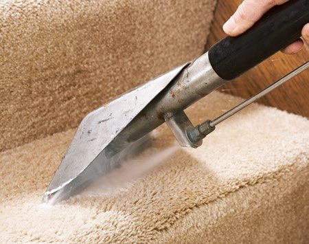 <b>3. High-pressure rinse</b></br> To agitate the pile and neutralize the carpet's pH, pros force a hot, high-pressure rinse solution into the carpet and then extract it.
