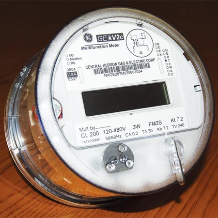 <b>Time-of-use meter</b></br> Time-of-use meters replace the existing meter and attach to the meter box. They enable you to pay less for electricity used at certain times of the day.