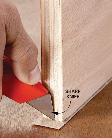<b>Cut off ends</b></br> Lay the end against a solid surface before slicing it off.
