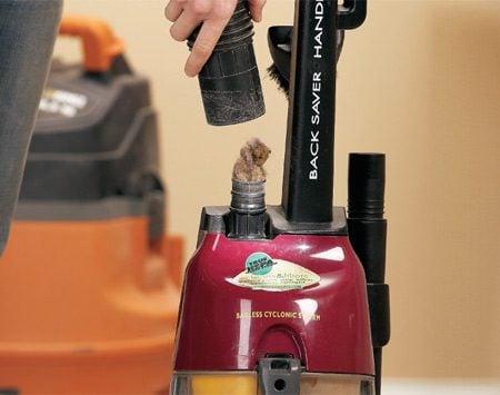 <b>Photo 1: Shop vacuum technique</b></br> Use a shop vacuum to suck clogs out of the suction port or hose.