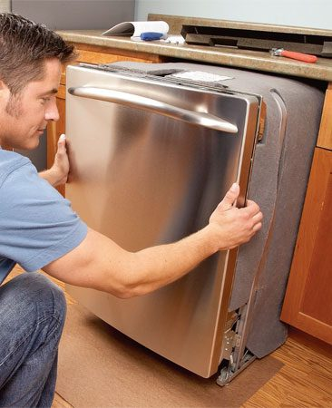 <b>Installing a dishwasher</b></br> Work gently with heavy appliances to avoid scratches and dents.