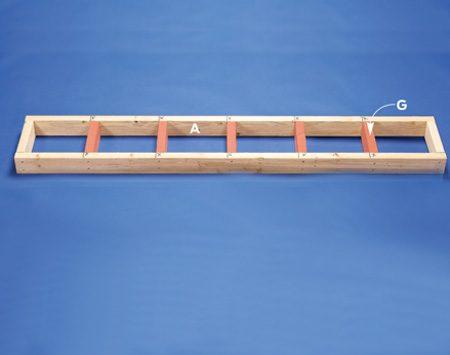 <b>Photo 5: Top shelf frame</b></br> Assemble the top shelf frame.