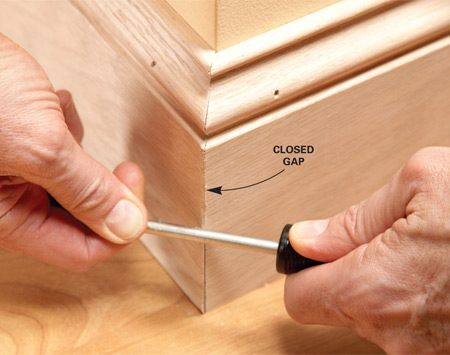 <b>Rub over the corner</b><br/>Hide a slight gap in an outside corner miter by rubbing it with the shank of a screwdriver or nail set. This will bend the wood fibers in and slightly round the corner.