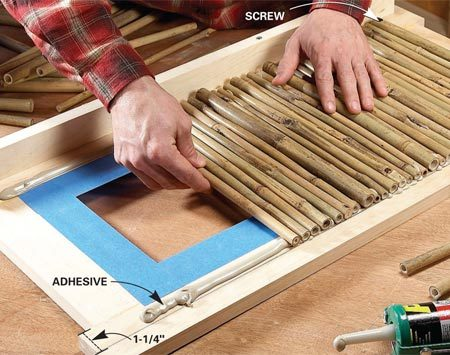 <b>Photo 3: Glue on the bamboo</b></br> Fill the frames with bamboo slats. Screw the first slat in place and set the rest in heavy beads of construction adhesive.
