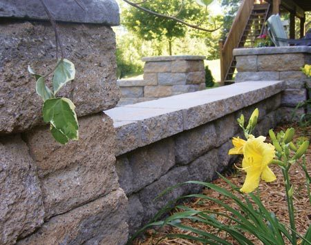 <b>Freestanding</b></br> Freestanding wall blocks are widely available at home centers, nurseries and landscape suppliers.