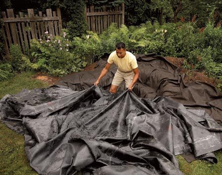 <b>Avoid liner leaks</b><br/>Buy a one-piece liner; most suppliers can order liners 50 ft. wide or even larger. It's possible to bond smaller sections of EPDM together yourself, but your seam won't be as tough as a seamless or factory-seamed liner.