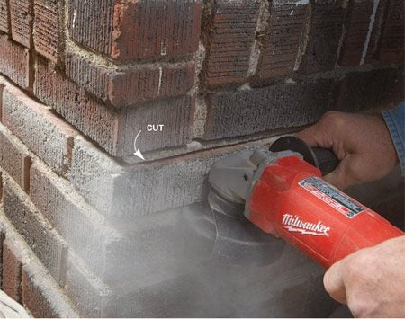 <b>Photo 1: Grind the horizontal joints first</b></br> Grind along the top and bottom of the horizontal joints. Get as close to the bricks as you can. If you accidentally grind against the bricks, the dust will turn the color of the brick.