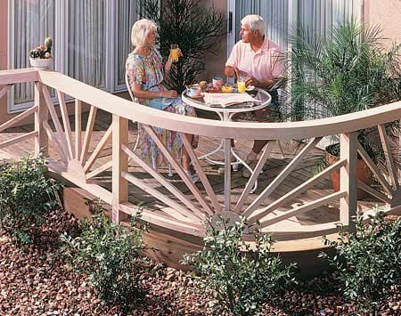 <b>Curved railing and deck</b></br> Curves add a distinctive custom touch.