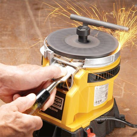 <b>Chisel and plane sharpener</b></br> This sharpener grinds quickly and easily without making a mess.