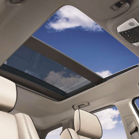 <b>Check out the cool sunroof</b><br/>Get a great panoramic view through the larger dual-pane sunroof.