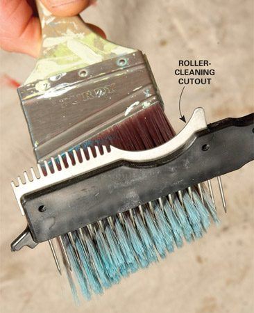 <b>Brush comb</b></br> Keep your brushes in top-notch shape by combing the bristles before you wrap them for storage.