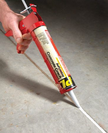 <b>Self-leveling caulk</b><br/>Use self-leveling caulk for concrete joints.