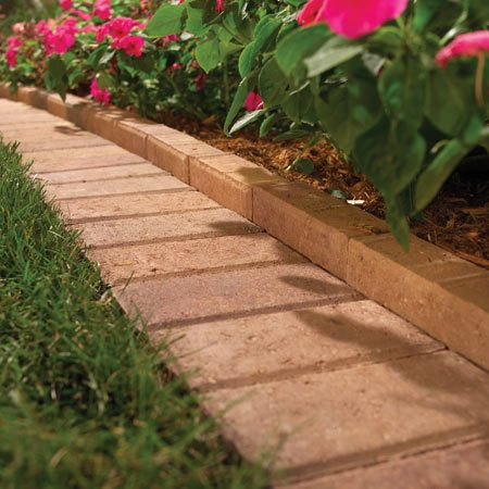 <b>Borders</b></br> Borders provide an attractive finish, stop grass from creeping in and make it easier to mow around the garden.