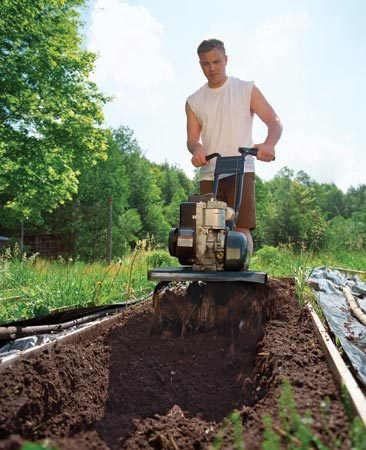 <b>Improve soil</b></br> Work organic matter into the soil with a rototiller or a shovel. Organic matter improves drainage and adds nutrients.