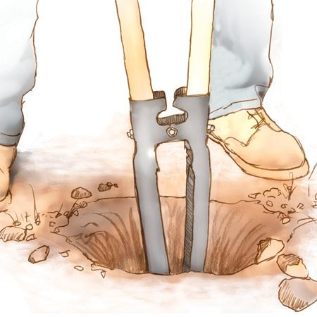<b>Clamshell digger</b></br> A clamshell digger removes loose soil quickly.