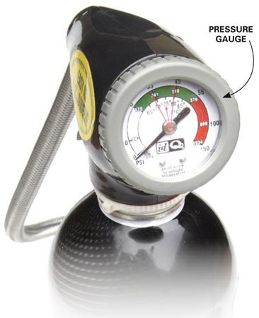 <b>Photo 4: Add refrigerant</b></br> Hold the can upright and squeeze the trigger (or open the valve). Then rock the can from 12 o'clock to 3 o'clock until the gauge needle reaches the recommended pressure.