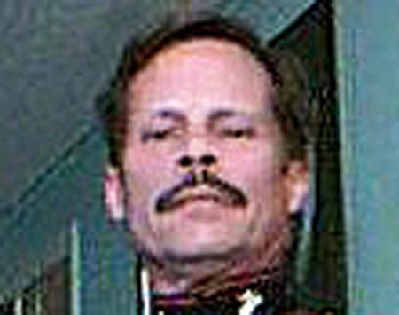 <b>Robert Gold</b></br> Served 21 years in the U.S. Marine Corps