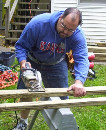 <b>Bill McMurtrey</b></br> Bill at work on a community service project.