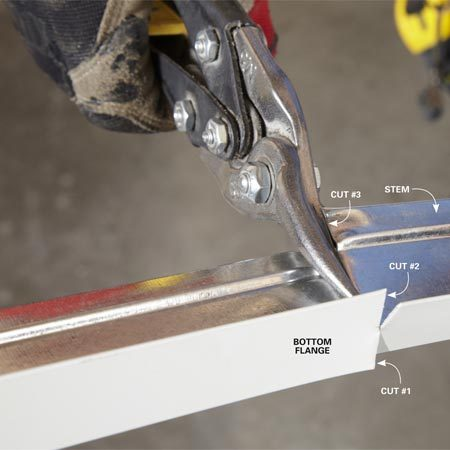 <b>Cutting the grid</b></br> Cut the flanges first, then the stem, for a clean, flat cut.