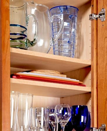 <b>Extra shelf</b></br> Add a shelf in open cabinet space.